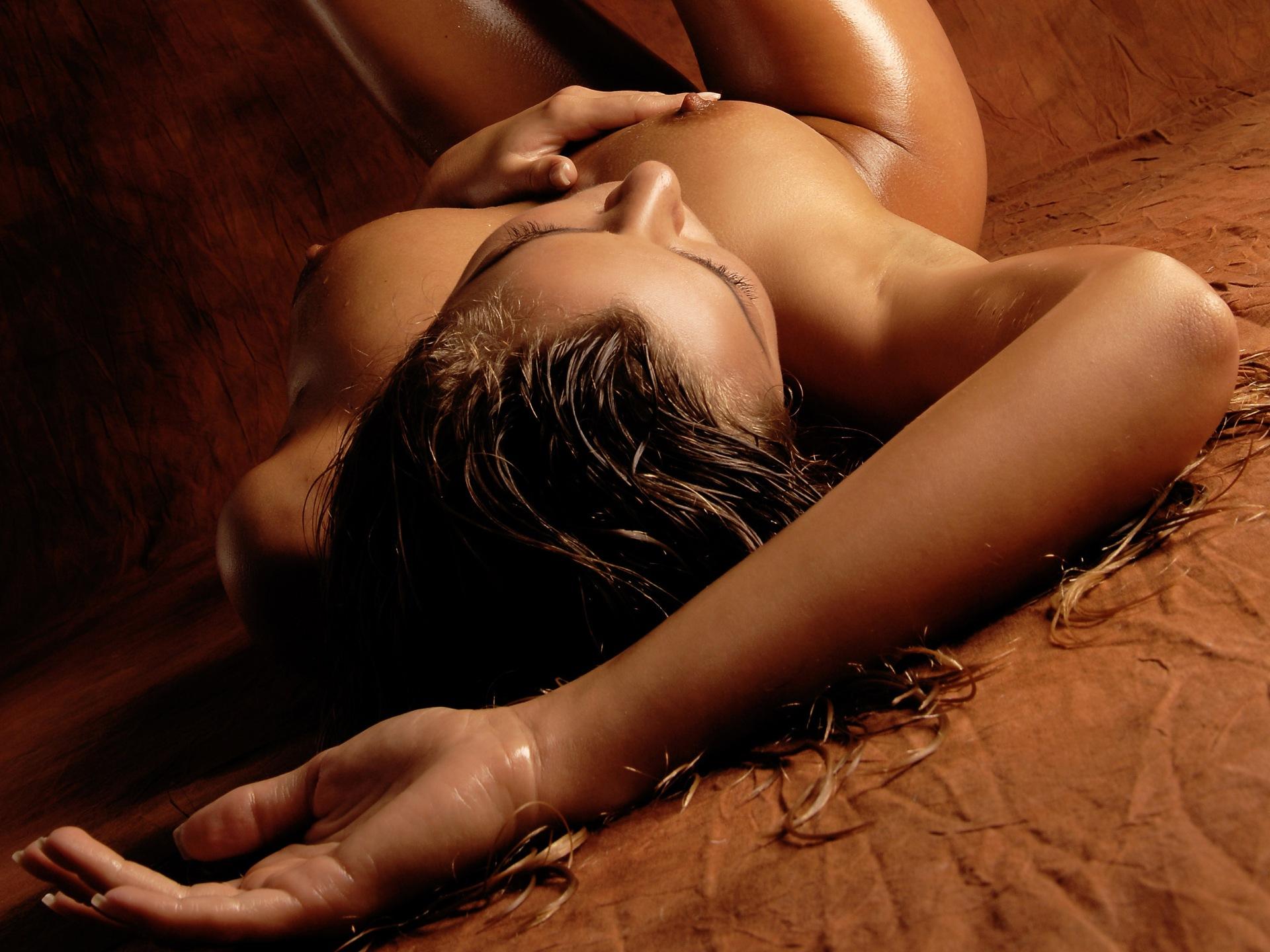 Интимные картинки девушек
